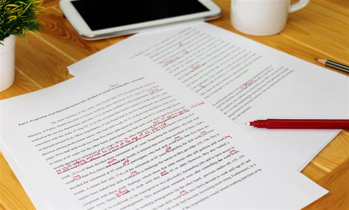 Need some scholarship essay guidance as you apply for college scholarships? Follow these three simple steps in creating a standout scholarship essay.